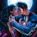 Wonder Woman and Superman Kissing