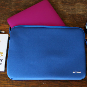 To Hawaii or Bust With My Incase Laptop Sleeve — REVIEW