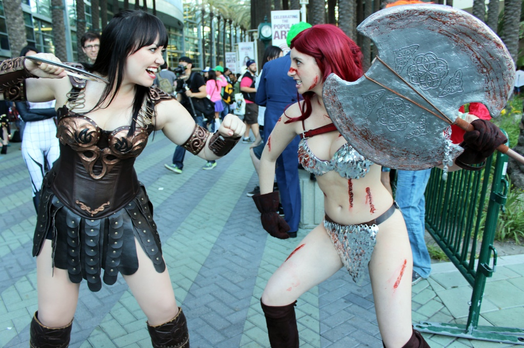 Who would win in a fight — Red Sonja or Xena? (Thanks so much to Bernadette Bentley for posing!)